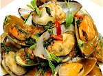 Recipe Video - stir fried mussels with holy basil